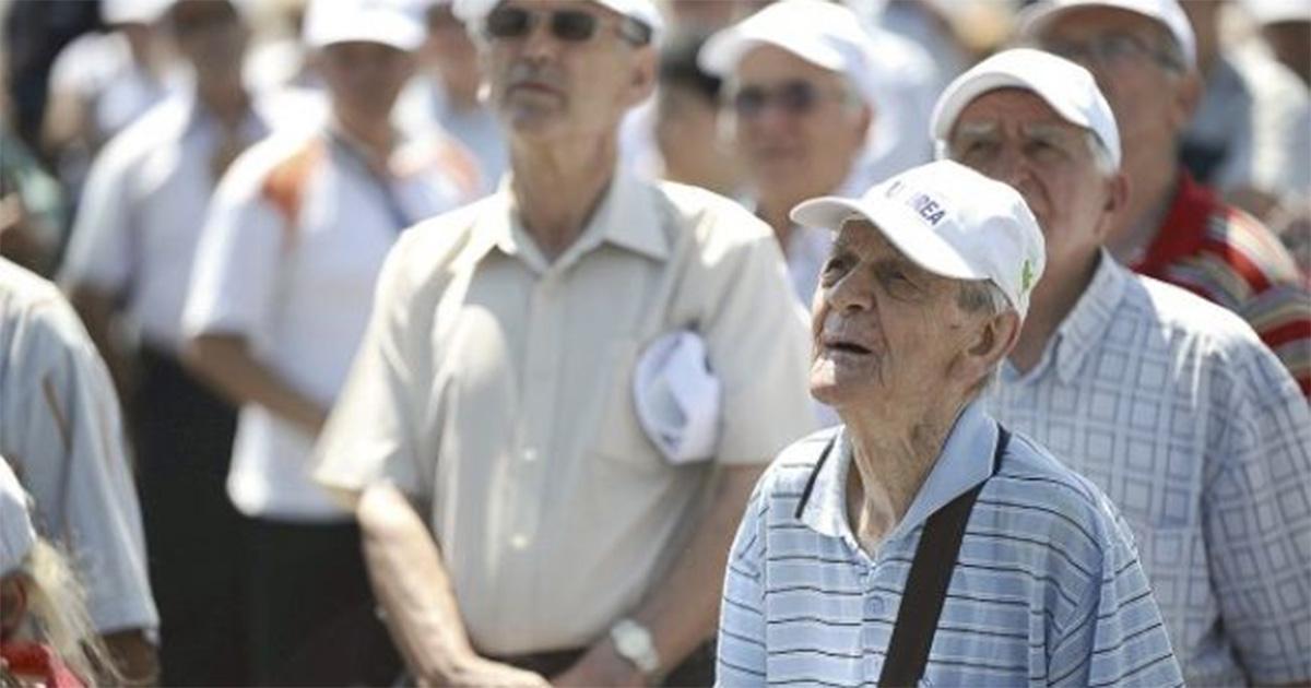 eliberati-pensionarii